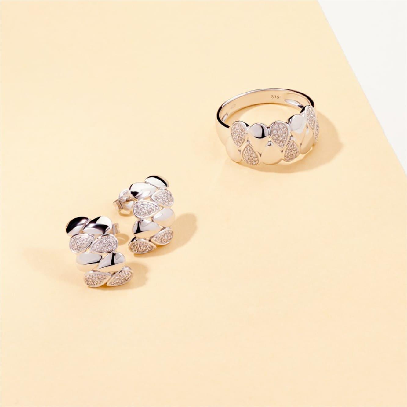 Damenring Weißgold 375 Diamanten 0,146ct